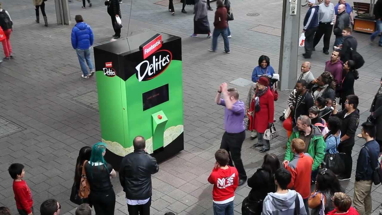 Fantastic Delites Vending Machine